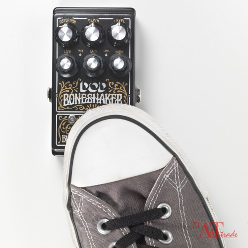 DOD Boneshaker Distortion Pedal with 3-Band Parametric EQ