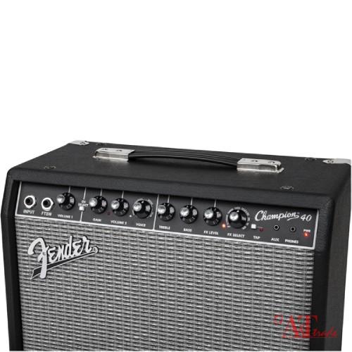 Fender Champion 40 guitar amps (230V)