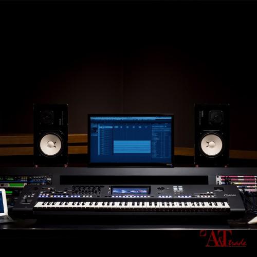 YAMAHA GENOS DIGITAL WORKSTATION (LIGHT/DARK GREY)